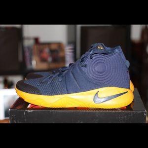 """Nike Kyrie 2 """"819583-447"""" Size 13"""
